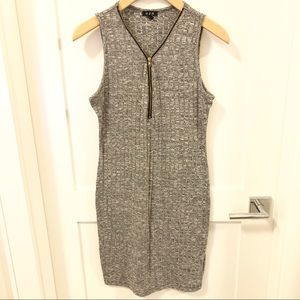 Dresses & Skirts - ❤️ 3 fr $25 Zip Up Dress